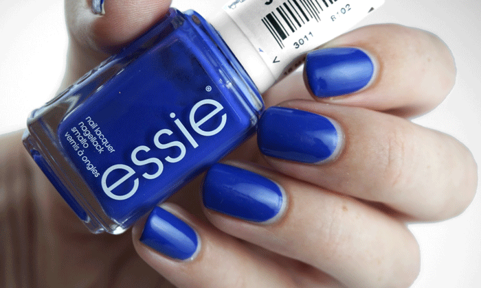 swatch of Essie all access pass