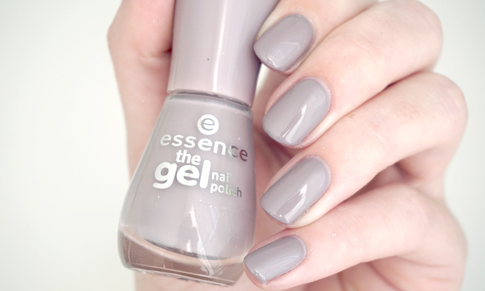 swatches of Essence tip top taupe