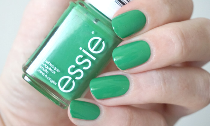swatch of essie on the roadie from the spring 2017 collection